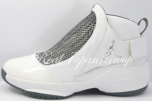 Air Jordan 19 エア ジョーダン 19(White/Chrome/Flint Grey–Black)