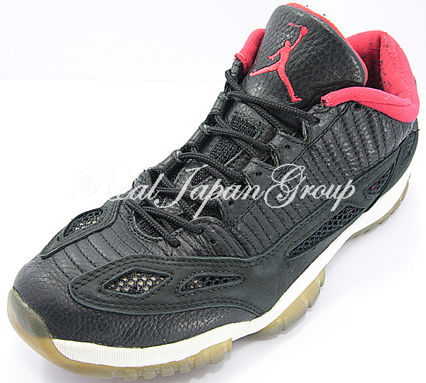 Air Jordan 11 Low エア ジョーダン 11 ロー(Black/Dark Grey/True Red)