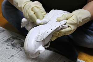 Method of the sneaker cleaning スニーカーケアの方法