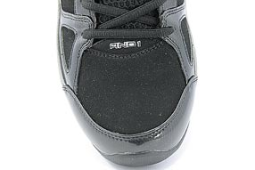 AND1 Stagger Mid アンドワン スタッガー ミッド(Black/Silver)