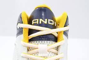 AND1 Assault Mid アンドワン アサルト ミッド(White/Navy/Gold)
