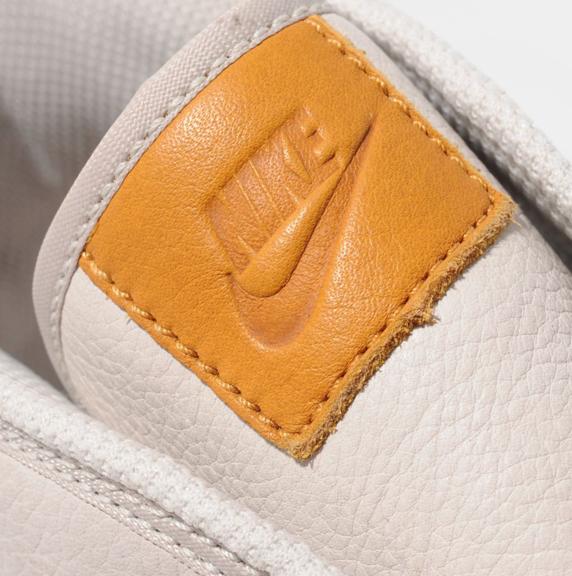 Nike Toki size? Exclusive ナイキ トキ size? 別注(Bone/Team Orange/White)